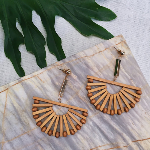 YUI SEMI CIRCLE EARRINGS