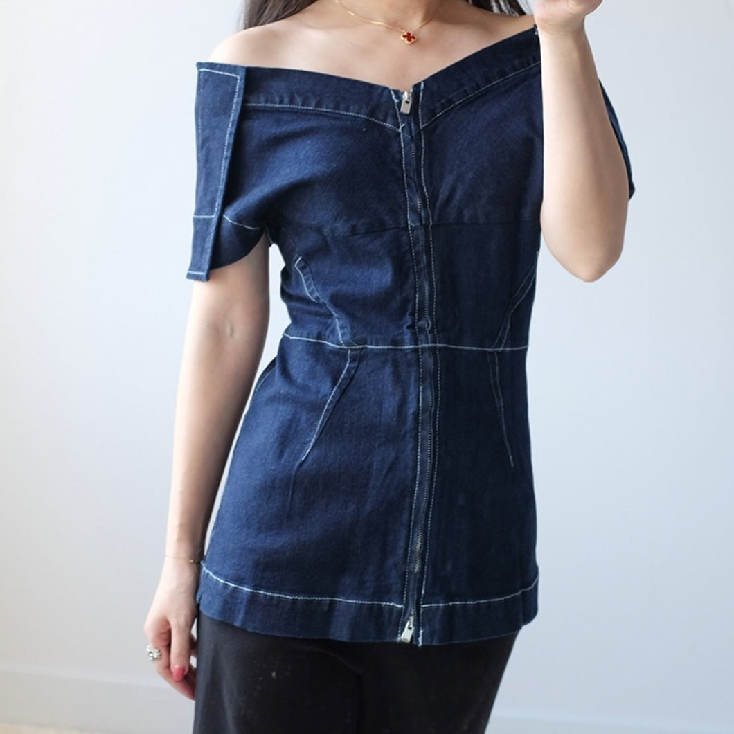RUTGERS OFF SHOULDER DENIM TOP