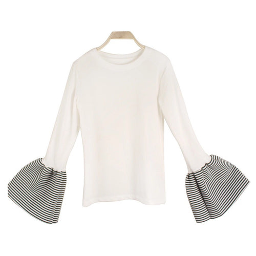 HART BELL SLEEVE TOP