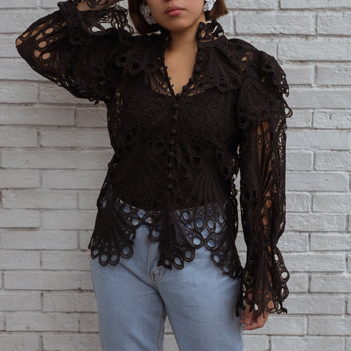 AVILA LACE CUTOUT TOP