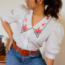 CAMAS EMBROIDERED COLLAR TOP