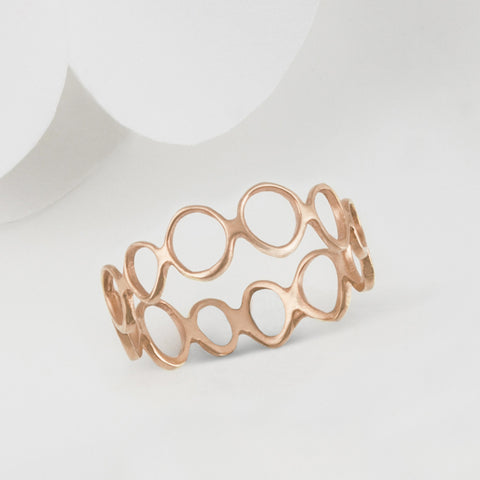 Vela Rose Gold Circle infinity Ring