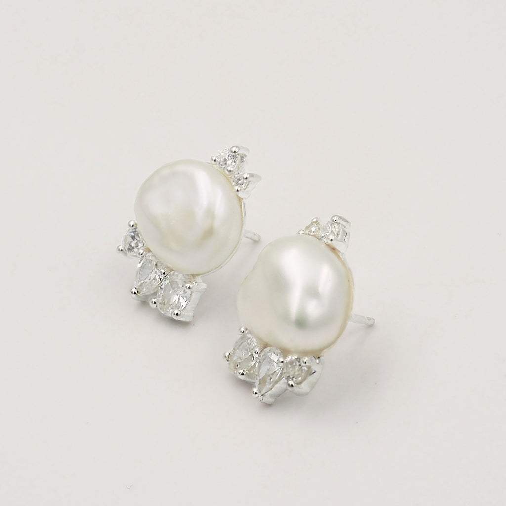 Valea Keshi Pearl Cluster Bridal Earrings