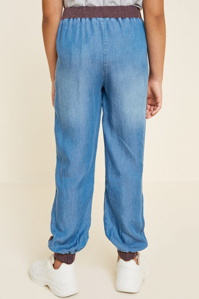 G4542-MID DENIM Chambray Side-Stripe Joggers Back