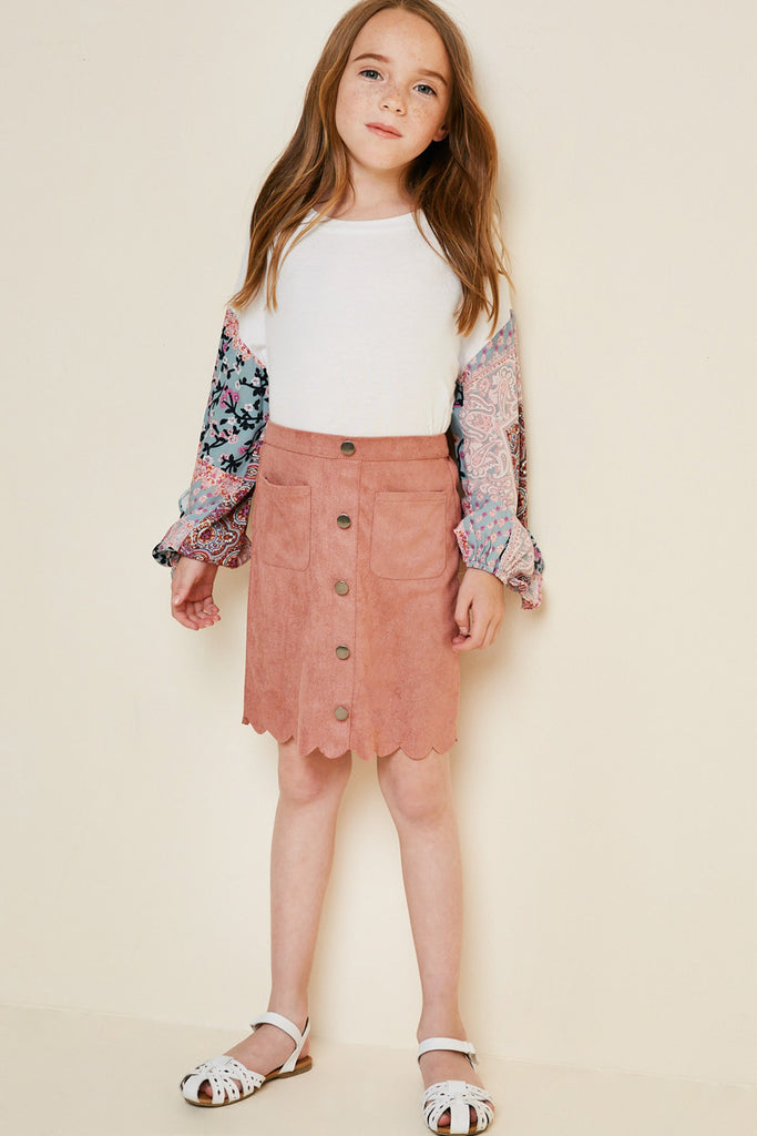G5031-DUSTY PINK Scallop Hem Faux Suede Skirt Front Detail