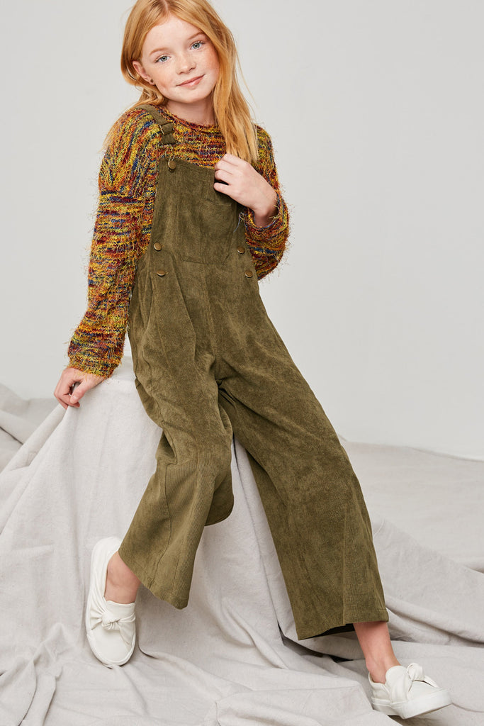 G6615-OLIVE Wide-Leg Corduroy Overall Sitting