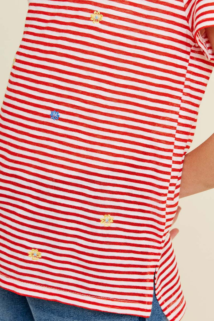 G7113-RED MIX Stripe Embroidered Flower High-Low T-Shirt Front Detail