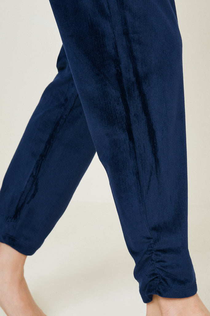 G7979-NAVY Velour Joggers Detail