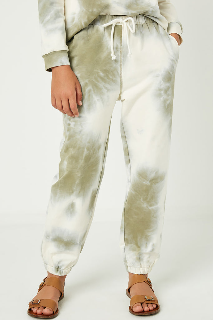 GY1331 Olive Girls Tie Dye Knit Joggers Close Front