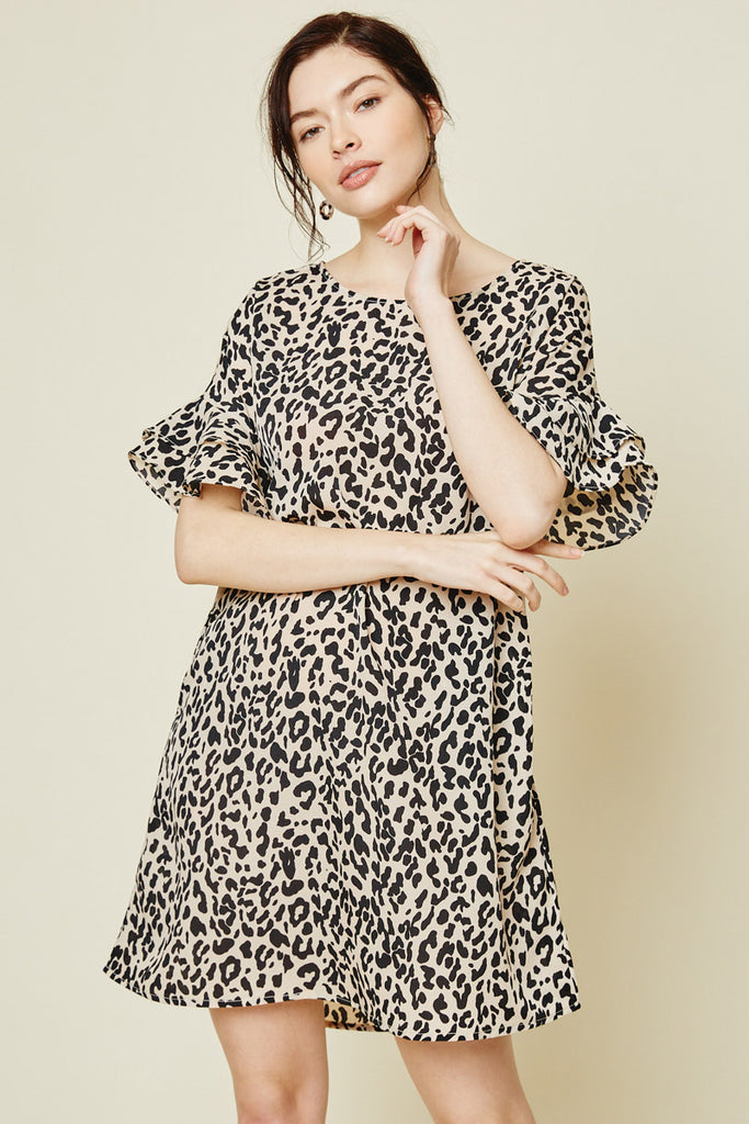 Women's Mauve Leopard Ruffle Sleeve Shift Dress Close Up