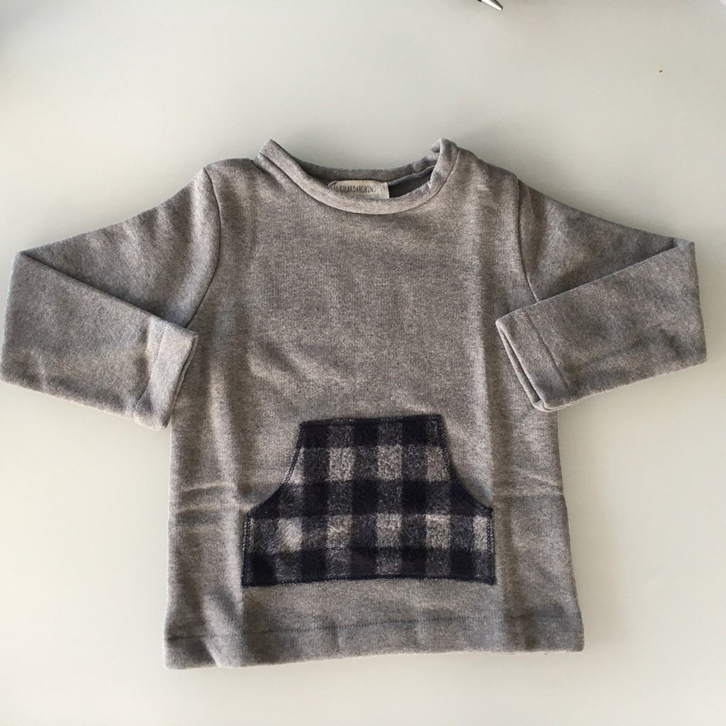 Boys' sweatshirt in warm cotton fleece by Il Guardarobino with a front pocket in a blue plaid pattern