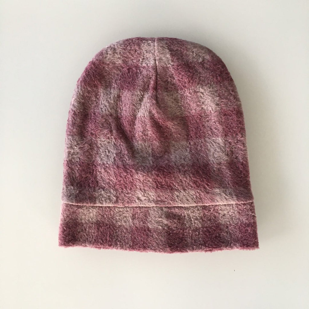 Girl's beanie in plaid with a beautiful mix of pinks by Il Guardarobino