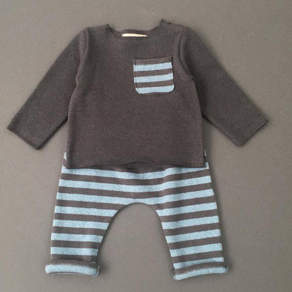 Outift with baggy pants in warm cotton, with blue and anthracite stripes by Il Guardarobino