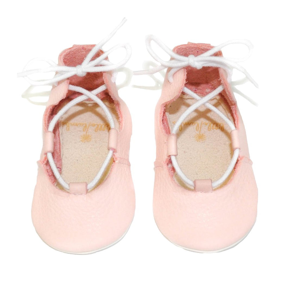 Cute and soft lace-up ballerinas is light pink. From infant to toddler, by Little Lambo
