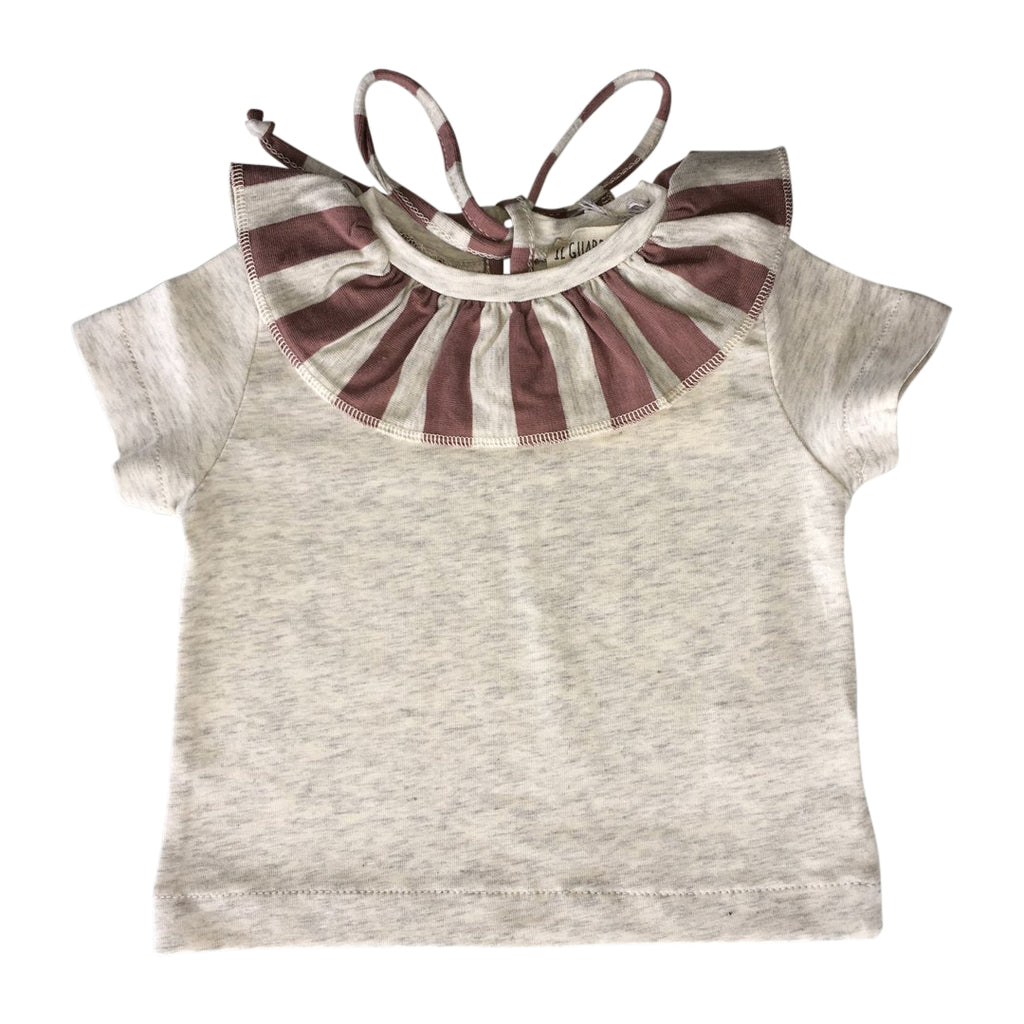 Beige t-shirt, embellished by a striped dusty pink ruffle neck by Il Guardarobino