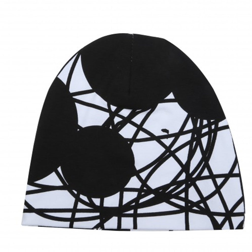 Monochrome beanie for babies with mouse prints by EFVVA