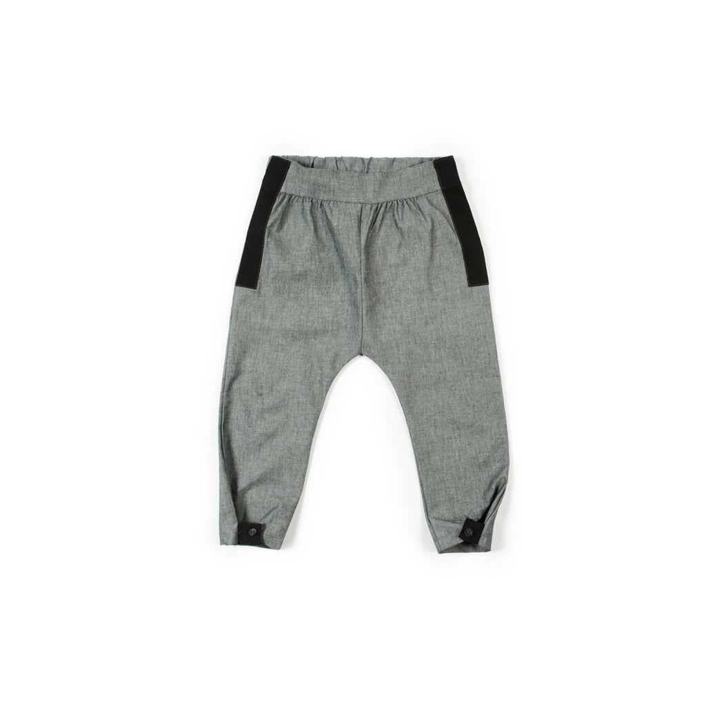 Boys trousers in gray with black details on the sides and bottom by I Leoncini