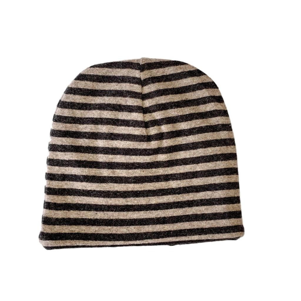 Double face beanie, in cotton fleece by Il Guardarobino