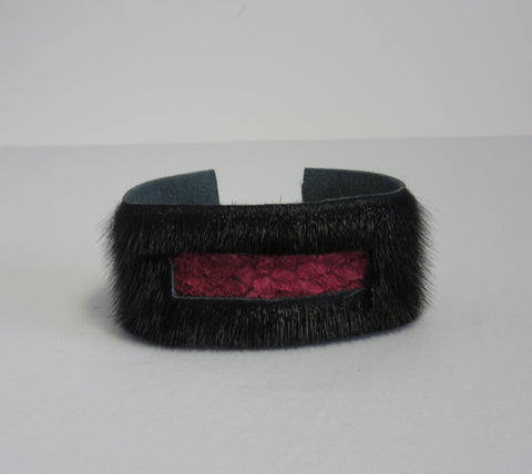 Black w/ Pink Fish Leather