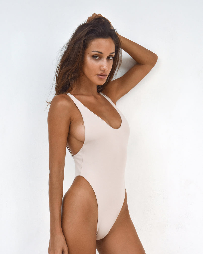 I One Piece | Beige