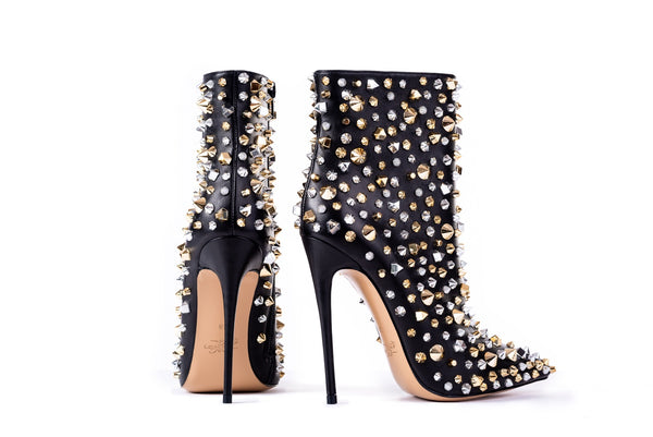 VENDETTA Black Studded Calfskin