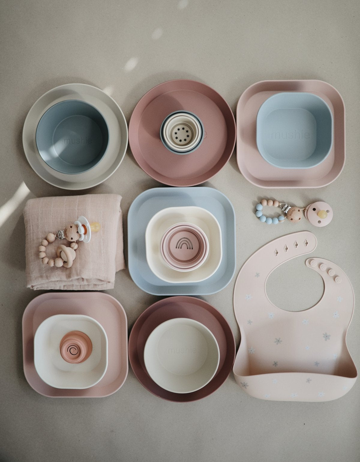 Square Plate Set | Blush - The Yellow Canary