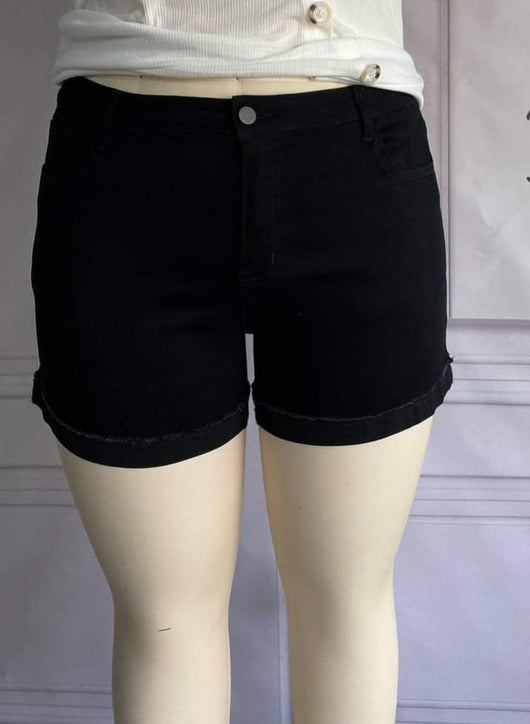 BLACK CUFFED SHORTS