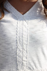 IVORY V NECK TOP W/ DOT TRIM