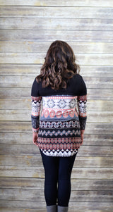 MIXED PATTERN V NECK TOP
