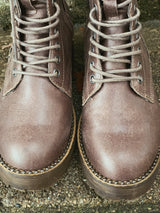VERY G TAUPE CONQUEST BOOTS