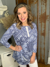 NAVY/IVORY PAISLEY SNAP BUTTON TOP