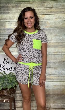GREY/NEON LIME ANIMAL PRINT SET