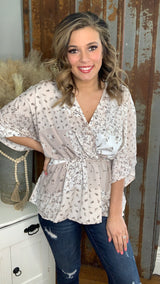 TAUPE FLORAL ELASTIC WAIST CROSS TOP