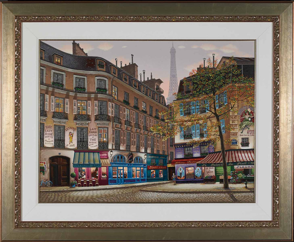 Liudmila_Kondakova_Eiffel_Tower_at_Dawn_Framed