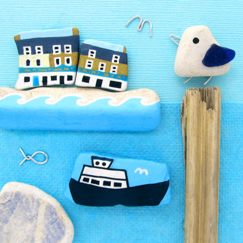 Anstruther Fish Bar, Isle of May Princess & Pebble Seagull - Framed Beach Collage (No. 1002)