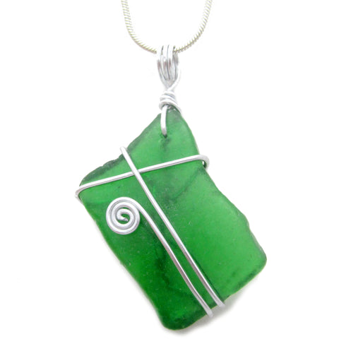 Emerald Green Scottish Sea Glass Celtic Swirl Pendant Necklace (No. 1076)