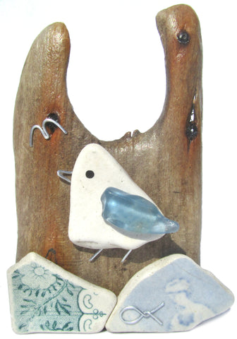 Pebble Seagull & Beach Pottery - Driftwood Ornament (No. 1114)