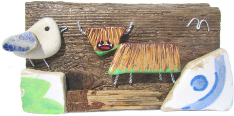 Hand Painted Highland Coo & Pebble Seagull - Beach Pottery Driftwood Ornament (No. 1118)