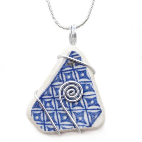 """Willow Pattern"" Antique Beach Pottery Celtic Swirl Pendant Necklace (No. 1175)"