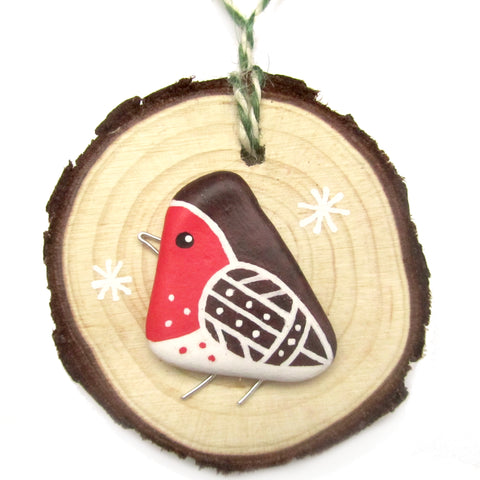Robin - Hand-Painted Beach Pebble Christmas Tree Decoration (No. 1203)