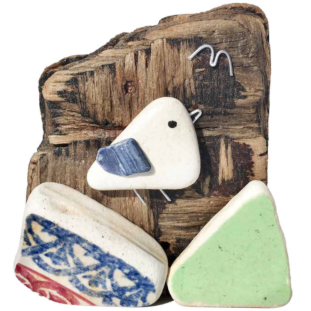 Seagull on Driftwood - Spongeware Beach Pottery & Pebble Art Ornament (1652)