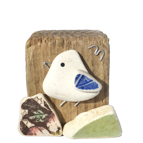 Seagull on Driftwood - Beach Pottery & Pebble Art Ornament (1660)