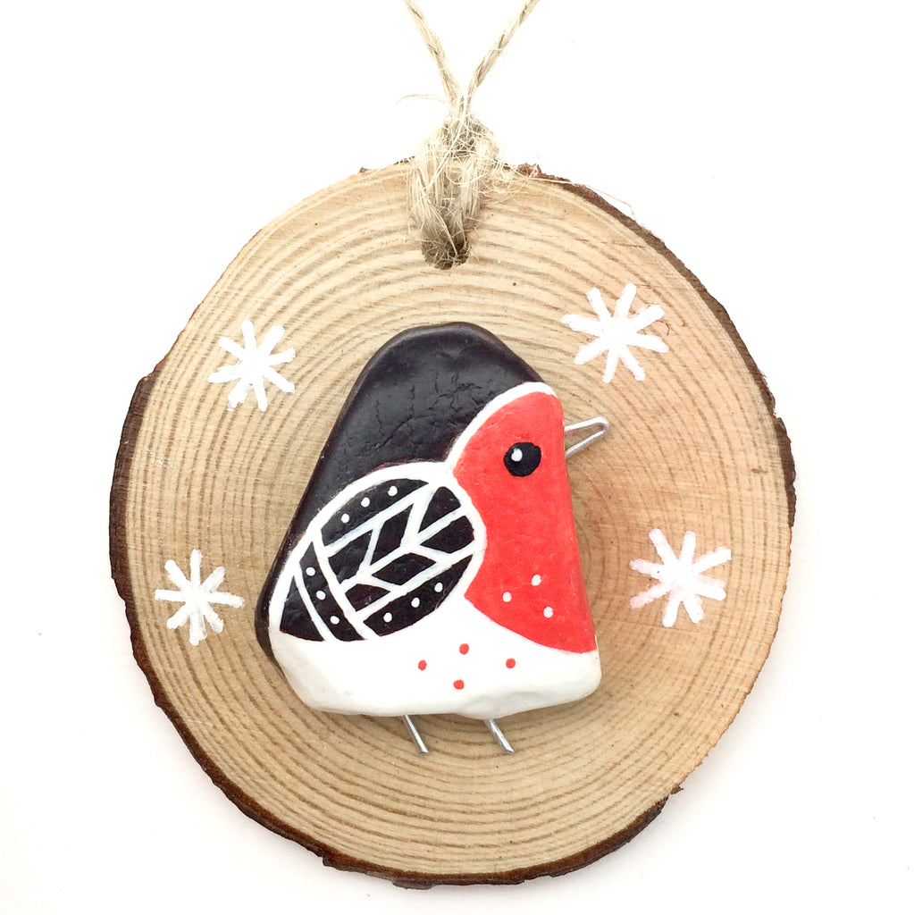 Robin - Hand-Painted Beach Pebble Christmas Tree Decorations (No. 656)