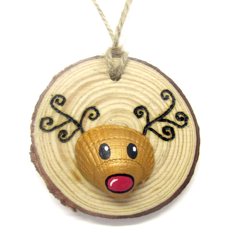 Rudolph the Reindeer - Cockle Shell Christmas Tree Decoration (No. 940)