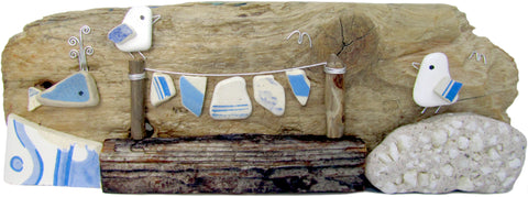 Pebble Seagulls, Whale & Antique Sea Pottery Washing Line Long - Driftwood Ornament (No. 948)