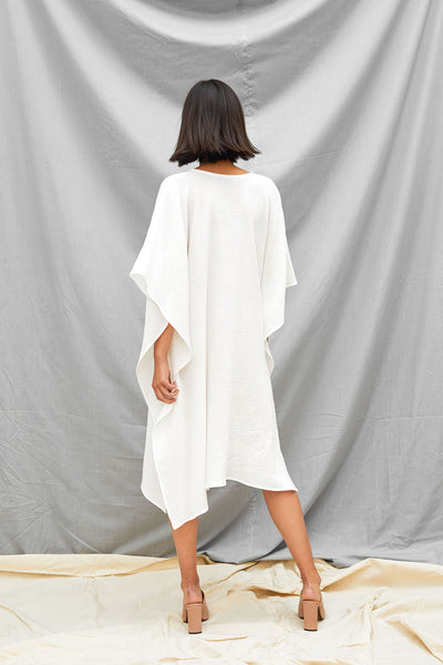 Oversized Dart Dress - White - DevlynvanLoon