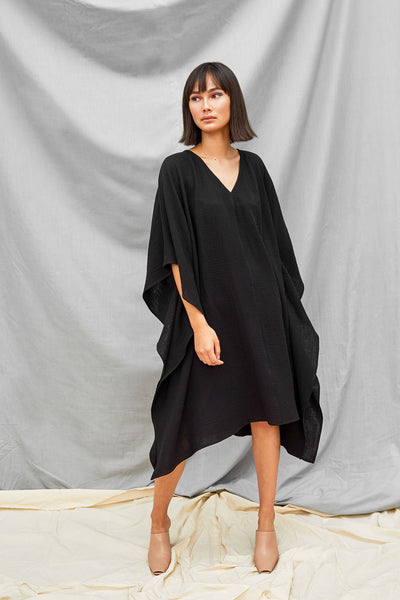 Oversized Dart Dress - Black - DevlynvanLoon