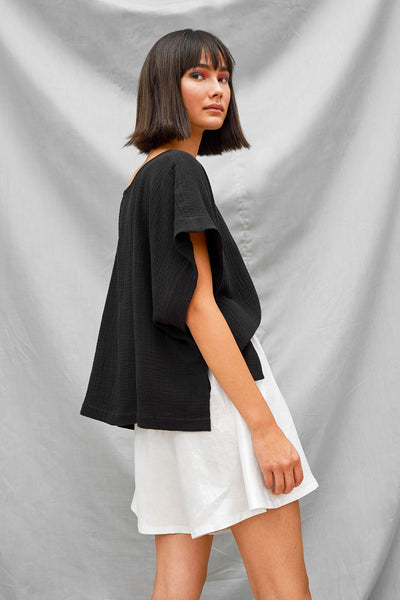Cropped Split Tee - Black - DevlynvanLoon