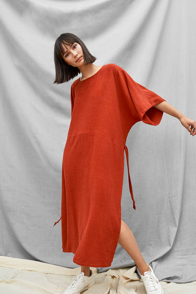 Tie Back Dress - Cayenne - DevlynvanLoon