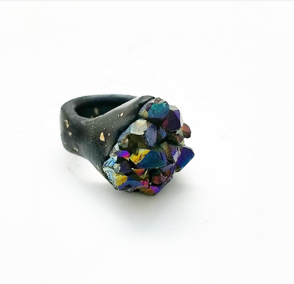 RAINBOW TITANIUM QUARTZ: Size 4.5 Ring